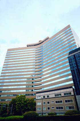 新霞が関ビルディングの外観写真