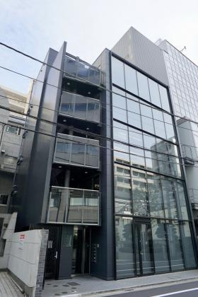 青山江崎ビルの外観写真
