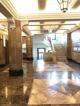 日証館ビルの内装