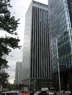 新宿フロントタワーの外観写真
