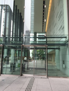 新宿フロントタワーの内装