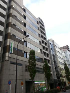 新富町ビルの外観写真