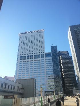 小田急サザンタワーの外観写真