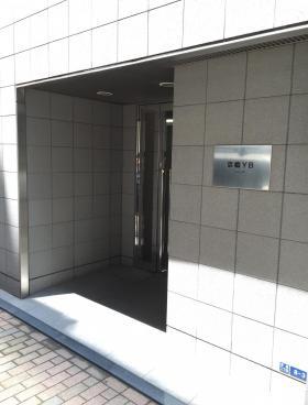 ACN京橋八重洲ビルのエントランス