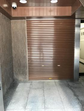 安部ビルの内装