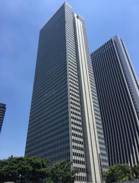 新宿野村ビルの外観写真