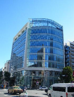 スプライン青山東急ビルの外観写真