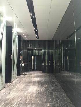 スプライン青山東急ビルの内装