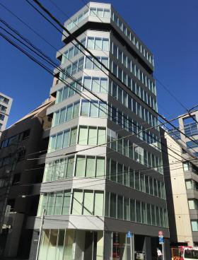 神田橋PR-EXビルのエントランス