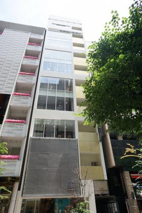 銀座藤小西本店ビルの外観写真