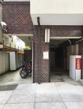 プルジョン南青山ビルの内装