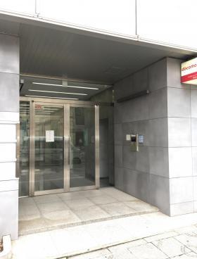 神田大木ビルのエントランス
