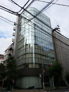 ユニコム人形町ビルの外観写真