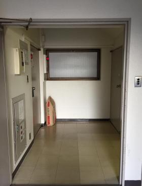 小川ビルの内装