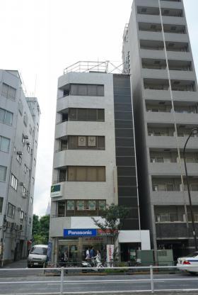 甲山ビルの外観写真