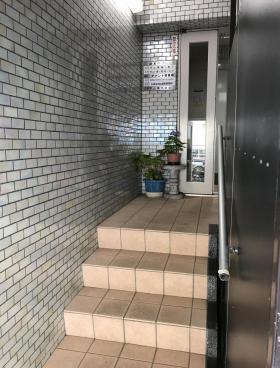甲山ビルの内装
