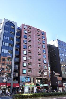 岡本ビルの外観写真