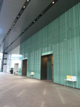 レンタルオフィス汐留ビルのエントランス