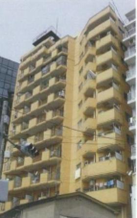 リレント新宿ビルの外観写真