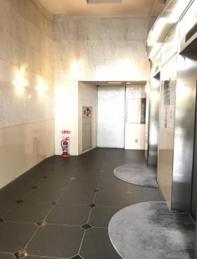 イドムコ中野ビルの内装