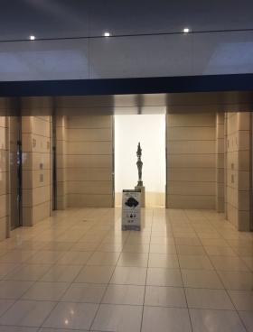 ビッグス新宿ビルの内装