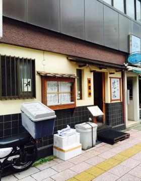 山田ビルの内装