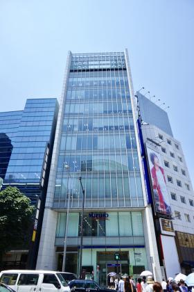 日新青山ビルの外観写真