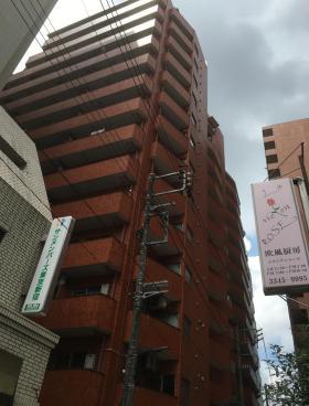 西新宿ダイヤモンドパレスの外観写真