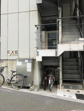 EXE日本橋ビルのエントランス