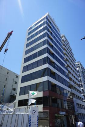 西新宿アイコービルの外観写真