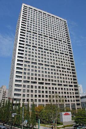 グランパークタワーの外観写真