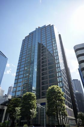 西新宿三井ビルディングの外観写真