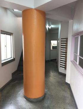 東物産ビルの内装