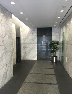 センタークレストビルの内装