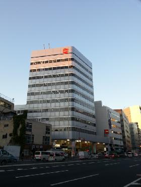 高輪泉岳寺駅前(旧:日石高輪)ビルの外観写真