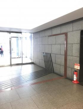 高輪泉岳寺駅前(旧:日石高輪)ビルの内装