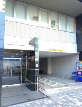 イノタケ第2ビルのエントランス