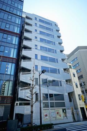 東京リアル宝町ビルの外観写真