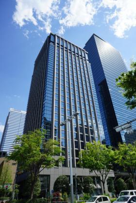 日土地西新宿ビルの外観写真