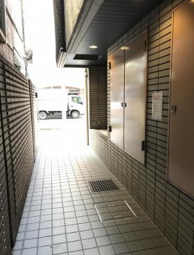 高円寺岡本ビルの内装