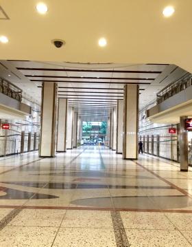 新東京ビルの内装