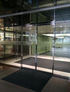 飛栄九段北ビルの内装