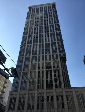 THE ITOYAMA TOWERのエントランス