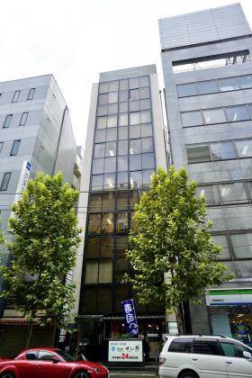 秋葉原再開発ビルの外観写真