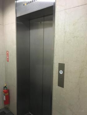 久保田ビルの内装