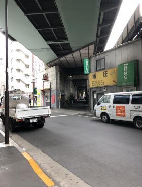 JR高架下千代田ビルの内装