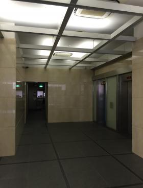 岩本町ビルの内装
