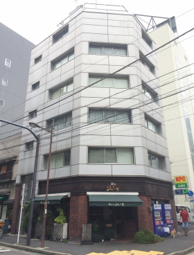 上田錦町ビルの外観写真