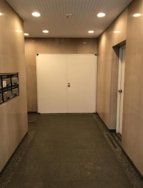 神田錦町ビルの内装