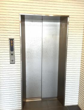 ACN神田錦町ビルの内装